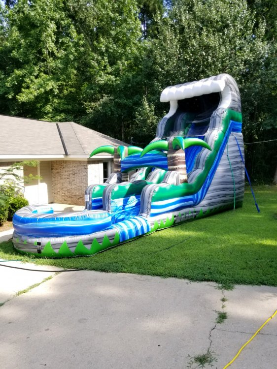 18ft Cascade Tsunami Water Slide