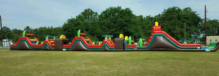 120ft Tropical Wet Obstacle Course